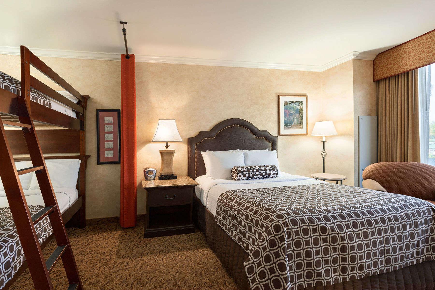48486_guest_room_3