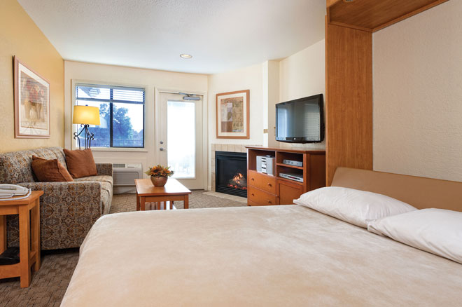 wyndham-WorldMark-afton-grand-lake-room