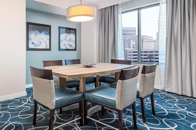 wyndham-desert-blue-dining